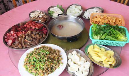 【兴源东路】众兴驴庄8-12人套餐,仅售450元,市场价538元;