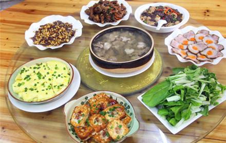 【建设大道东】树茅塘留香农家菜馆7-9人套餐,仅售338元,市场价389元;
