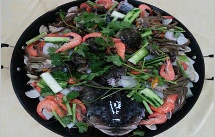 【文昌路】新同富渔村【大锅鱼6至8人套餐】仅售288元,享市场价438元;
