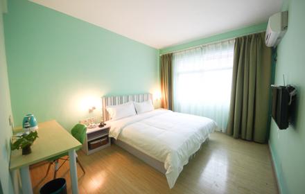 【建设大道】新年特惠!蜗居主题公寓【标准单人房】仅售99元,尊享市场价168元;