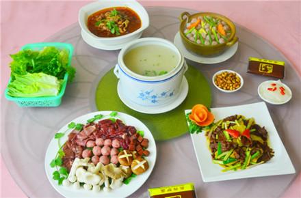 【兴源东路】众兴驴庄3-5人套餐,仅售168元,市场价219元。