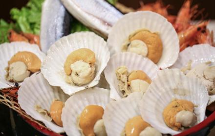 """巴伐利亚温泉酒店【富士日本料理""""日式料理任点任吃""""】奢华单人晚餐,仅售188元/位,尊享市场价228元/位,可在享用富士日本料理餐厅"""