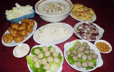 【老城大桥】老城猪肚鸡6-8人套餐,仅售249.9元,尊享市场价295元