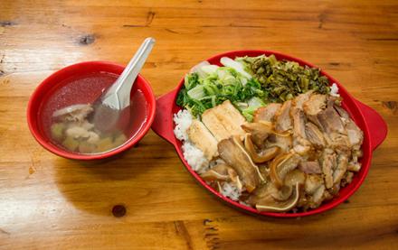 【龙川县】正宗隆江猪脚饭猪脚三拼饭(单人)仅售14.5元,尊享市场价15元