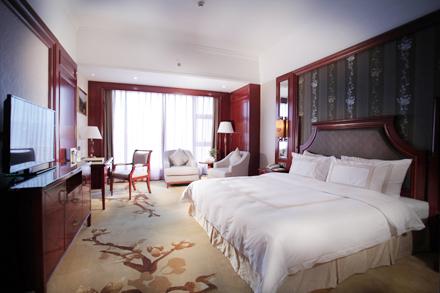 【和平县】和平县世纪大酒店行政大床房/行政双人房(2选1)仅售328元,尊享市场价888元。